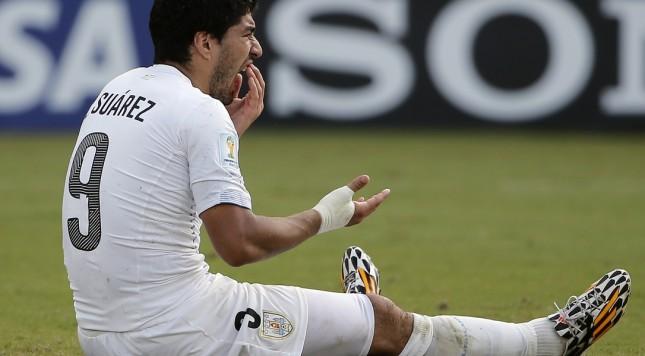 2014 FIFA World Cup Luis Suarez Uruguay biting