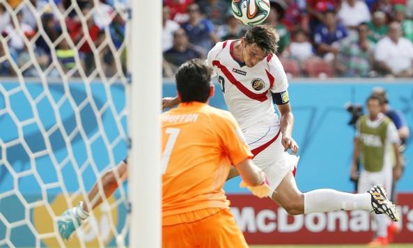 2014 FIFA World Cup Bryan Ruiz header