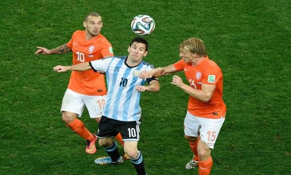2014 FIFA World Cup Argentina Netherlands Wesley Sneijder Lionel Messi Dirk Kuyt
