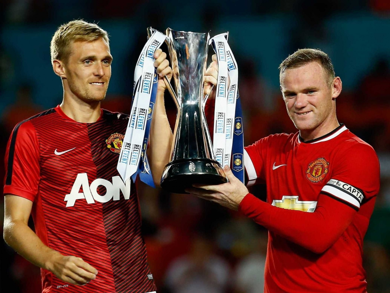 Wayne Rooney Darren Fletcher trophy International Champions Cup