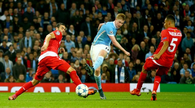 MANCHESTER, ENGLAND - OCTOBER 21:  Kevin De Bruyne of Manchester City scores his team's second goal  during the UEFA Champions League Group D match between Manchester City and Sevilla at Etihad Stadium on October 21, 2015 in Manchester, United Kingdom.  (Photo by Richard Heathcote/Getty Images)