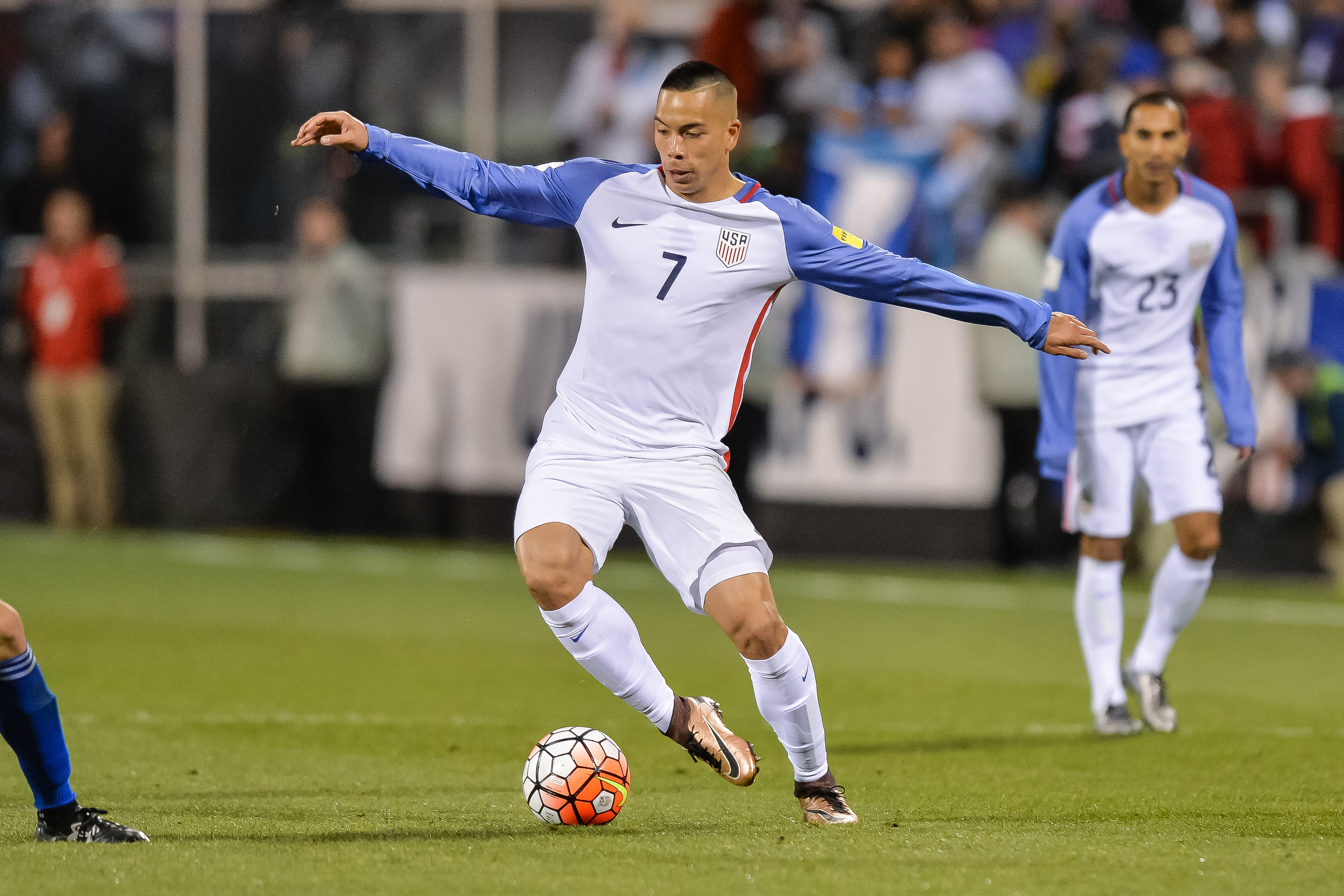 COLUMBUS, OH - MARCH 29:  Bobby Wood #7 of the United States Men's National Team controls the ball against Guatemala during the FIFA 2018  World Cup qualifier on March 29, 2016 at MAPFRE Stadium in Columbus, Ohio. The United States defeated Guatemala 4-0.  (Photo by Jamie Sabau/Getty Images)