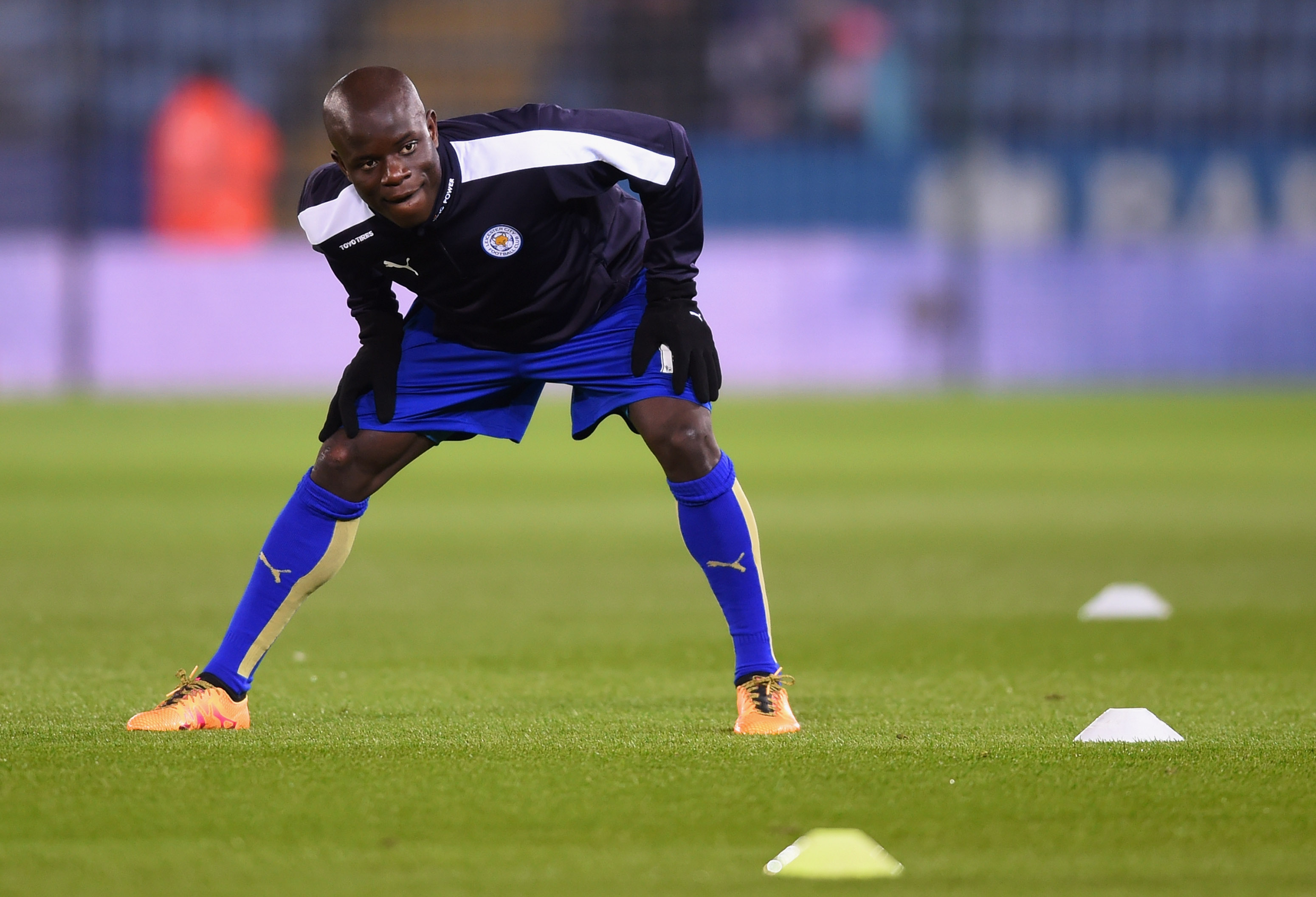LEICESTER, ENGLAND - MARCH 14:  Ngolo Kante of Leicester City warms up prior to the Barclays Premier League match between Leicester City and Newcastle United at The King Power Stadium on March 14, 2016 in Leicester, England.  (Photo by Michael Regan/Getty Images)