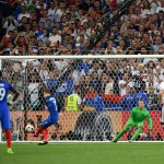 MARSEILLE, FRANCE - JULY 07:  Antoine Griezmann of France converts the penalty to score the opening goal during the UEFA EURO semi final match between Germany and France at Stade Velodrome on July 7, 2016 in Marseille, France.  (Photo by Matthias Hangst/Getty Images)