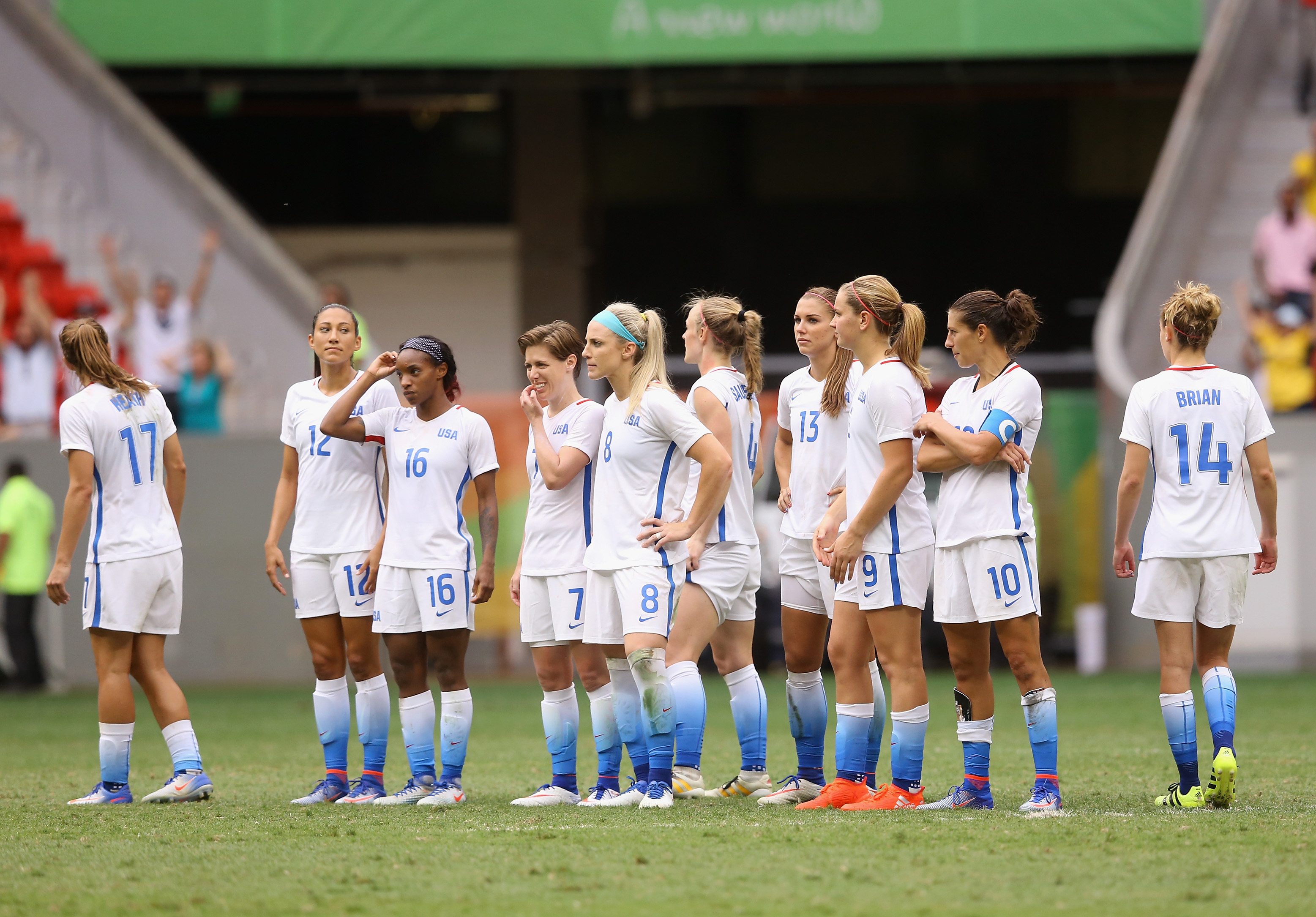 BRASILIA, BRAZIL - AUGUST 12:  The United States team reacts after their 1-1 (3-4 PSO) loss to Sweden during the Women's Football Quarterfinal match at Mane Garrincha Stadium on Day 7 of the Rio 2016 Olympic Games on August 12, 2016 in Brasilia, Brazil.  (Photo by Celso Junior/Getty Images)