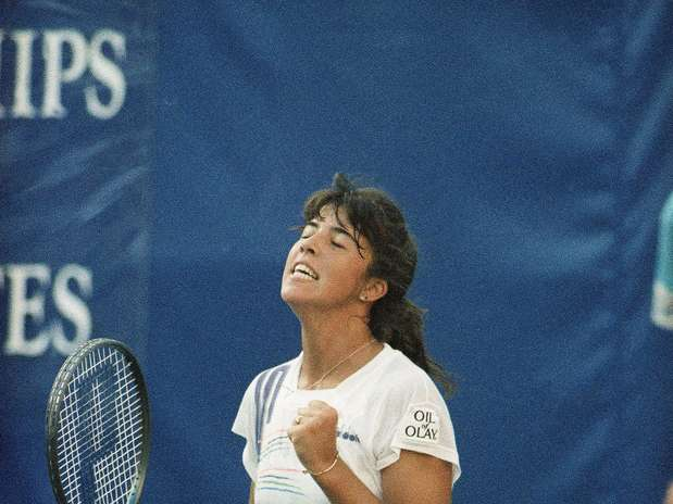 Jennifer Capriati was 15 years old -- the same age as CiCi Bellis -- when she engaged 17-year-old Monica Seles in a genuinely epic 1991 U.S. Open women's semifinal. Capriati was  not only far better than Bellis at 15; she was better than Anna Kournikova at that age. Kournikova was the last 15-year-old to win a U.S. Open in 1996, before Bellis was even born. Capriati's career and life struggles serve as an instant cautionary tale for Bellis, Melanie Oudin, and any other teenager who tastes early success at the U.S. Open, planted in the media capital of the world and all its bright (camera) lights. The best thing Bellis can do is to not buy into an ounce of hype, even if she makes the media rounds during and after this tournament.