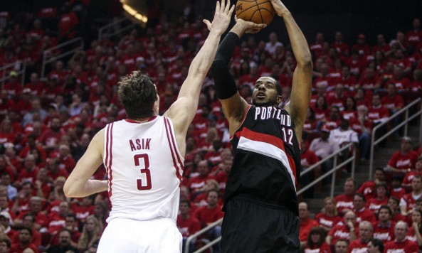 LaMarcus Aldrdige's versatility has the Blazers rolling into Chicago this week. Photo by Troy Taormina-USA TODAY Sports