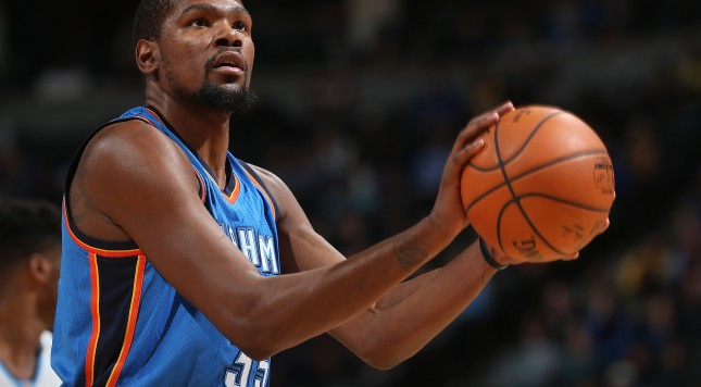 DENVER, CO - JANUARY 19:  Kevin Durant #35 of the Oklahoma City Thunder takes a free throw against the Denver Nuggets at Pepsi Center on January 19, 2016 in Denver, Colorado. The Thunder defeated the Nuggets 110-104. NOTE TO USER: User expressly acknowledges and agrees that, by downloading and or using this photograph, User is consenting to the terms and conditions of the Getty Images License Agreement.  (Photo by Doug Pensinger/Getty Images)