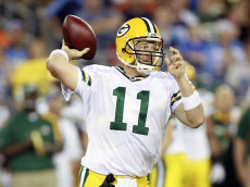 NASHVILLE, TN - SEPTEMBER 3: Brian Brohm #11 of the Green Bay Packers throws the ball against the Tennessee Titans during a preseason NFL game at LP Field on September 3, 2009 in Nashville, Tennessee. The Titans beat the Packers 27-13. (Photo by Joe Murphy/Getty Images)