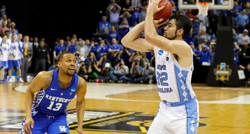 Foul issues help end Kentucky's season shy of Final Four
