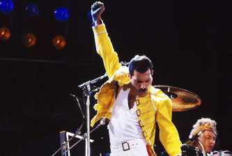 freddie-mercury-of-queen-1986-billboard-6501