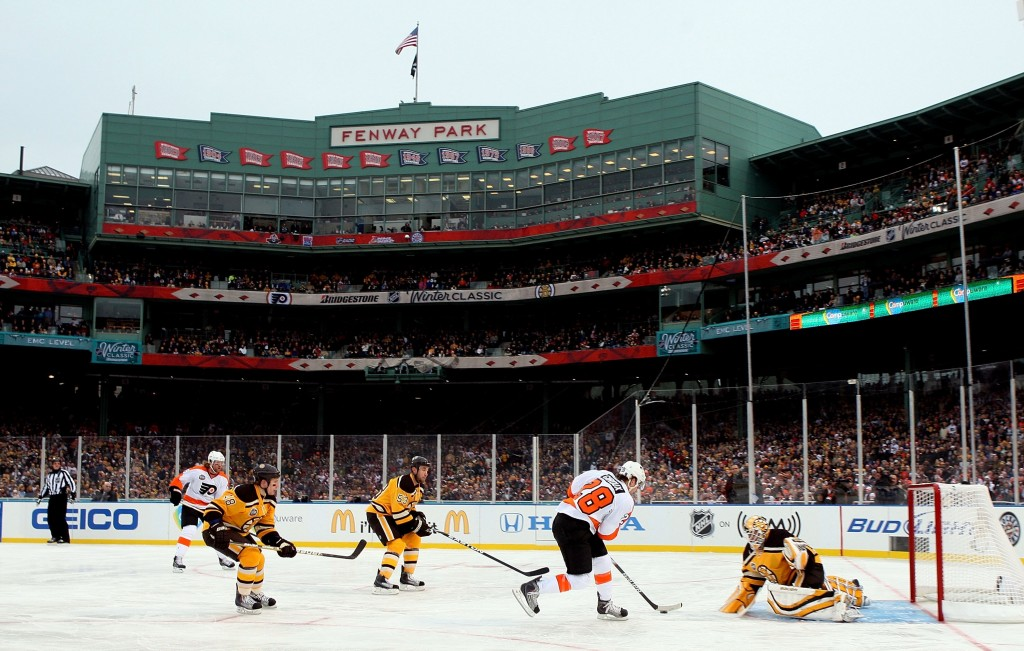 BOSTON, NY - JANUARY 01:  Claude Giroux #28 of the Philadelphia Flyers is stopped on a breakaway by Tim Thomas #30 of the Boston Bruins during the 2010 Bridgestone Winter Classic at Fenway Park on January 1, 2010  in Boston, Massachusetts.  (Photo by Jim McIsaac/Getty Images)