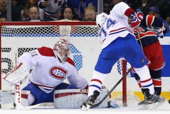 NEW YORK, NY - NOVEMBER 25: Carey Price #31 of the Montreal Canadiens make sthe first period save against the New York Rangers at Madison Square Garden on November 25, 2015 in New York City.  (Photo by Bruce Bennett/Getty Images)