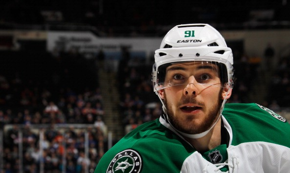 UNIONDALE, NY - JANUARY 06:  Tyler Seguin #91 of the Dallas Stars skates against the New York Islanders at the Nassau Veterans Memorial Coliseum on January 6, 2014 in Uniondale, New York. The Islanders defeated the Stars 7-3.  (Photo by Bruce Bennett/Getty Images)