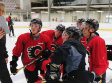 http://calgaryherald.com/sports/hockey/nhl/calgary-flames/flames-prospects-take-a-skating-lesson-vey-gets-passing-grade-from-gulutzan