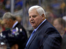 KANSAS CITY, MO - OCTOBER 05:  Head coach Ken Hitchcock of the St. Louis Blues watches from the bench during the preseason game against Washington Capitals at Sprint Center on October 5, 2016 in Kansas City, Missouri.  (Photo by Jamie Squire/Getty Images)