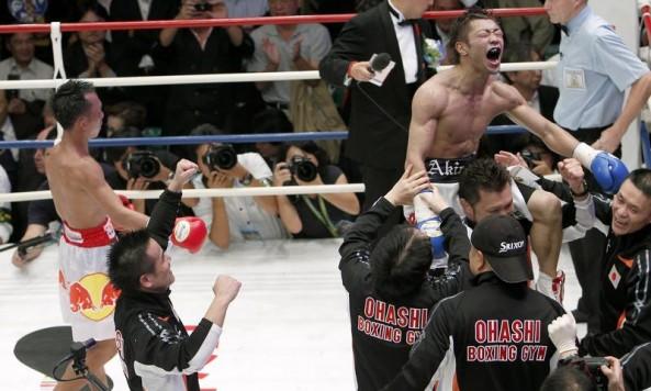 akira-yaegashi-pornsawan-porpramook-fight-of-the-year