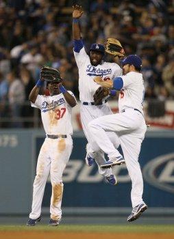 Dodgers_leap