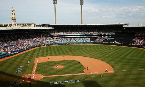 SYDNEY, AUSTRALIA - MARCH 23:  A general view of play during the MLB match between the Los Angeles Dodgers and the Arizona Diamondbacks at Sydney Cricket Ground on March 23, 2014 in Sydney, Australia.  (Photo by Matt King/Getty Images)