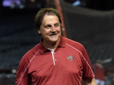 PHOENIX, AZ - JULY 22:  Chief Baseball Officer Tony LaRussa of the Arizona Diamondbacks watches batting practice prior to a game between the Arizona Diamondbacks and the Detroit Tigers at Chase Field on July 22, 2014 in Phoenix, Arizona.  (Photo by Norm Hall/Getty Images)