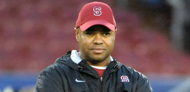 Stanford coach David Shaw runs a program that prides itself on the ability to get one tough yard in a key situation. Shaw trusted his offense in that sense during the 2014 Rose Bowl against Michigan State, so in that sense, he was philosophically consistent. Yet, his play selection on first down certainly limited his offense's options. Shaw's stubbornness was both noble and imprudent; bold and conservative; admirable and counterproductive. Shaw's performance on New Year's Day focuses the debate about fourth-and-one play selection.