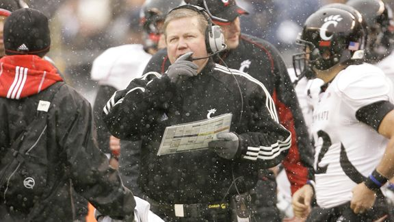 In 2009, Brian Kelly's Cincinnati Bearcats very nearly reached the BCS National Championship Game. Many reasons account for why Cincinnati attained such a prominent position at the end of the regular season, but one stood out: fumble luck. Cincinnati's 2009 season was as good a fumble-luck season as a team could possibly hope to enjoy.