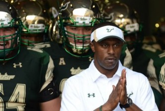 100915-fsf-cfb-willie-taggart-PI.vadapt.620.high.16
