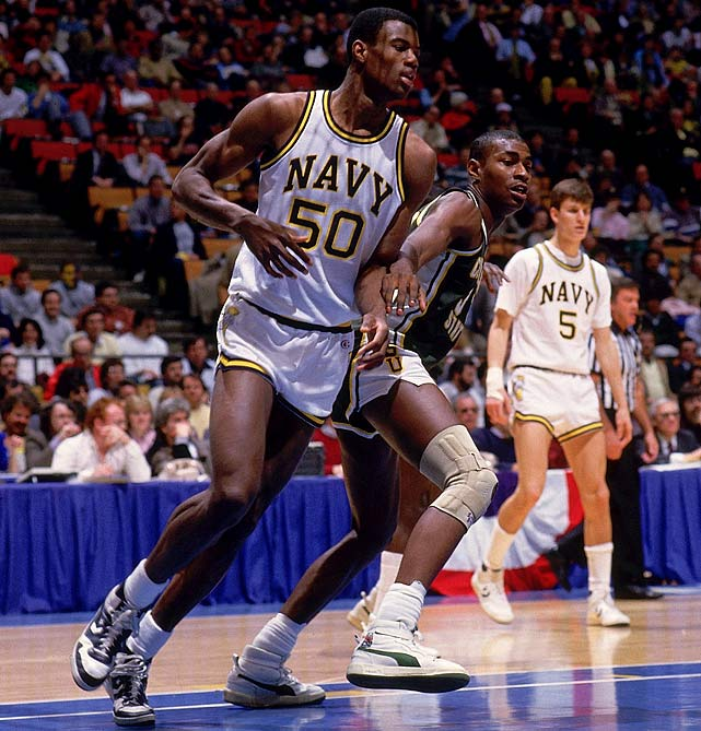 David Robinson wasn't a little guy, but Navy basketball sure was. The Admiral carried the Midshipmen to the Elite Eight in 1986. The Mids defeated another mid-major, Cleveland State, which was one of the first two schools to pull off a 14-3 upset in the history of the NCAA tournament. (Arkansas-Little Rock was the other.)