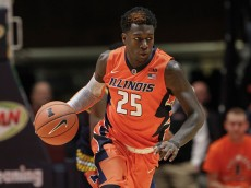CHAMPAIGN, IL - DECEMBER 30: Kendrick Nunn #25 of the Illinois Fighting Illini brings the ball up court during the game against the Michigan Wolverines at State Farm Center on December 30, 2015 in Champaign, Illinois.  (Photo by Michael Hickey/Getty Images)