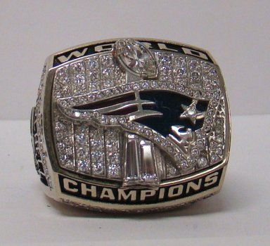 Patriots_Super_Bowl_XXXVI_Ring
