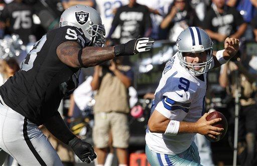 Romo Scrambles Raiders
