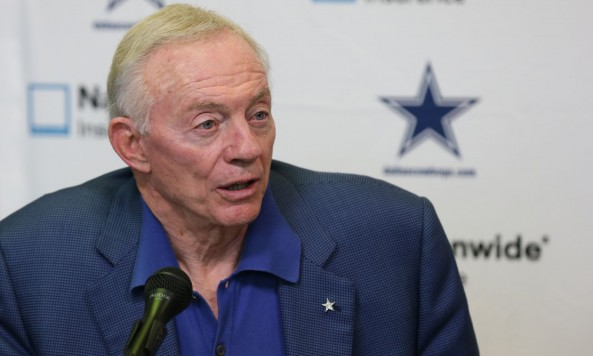 Jerry Jones(1)