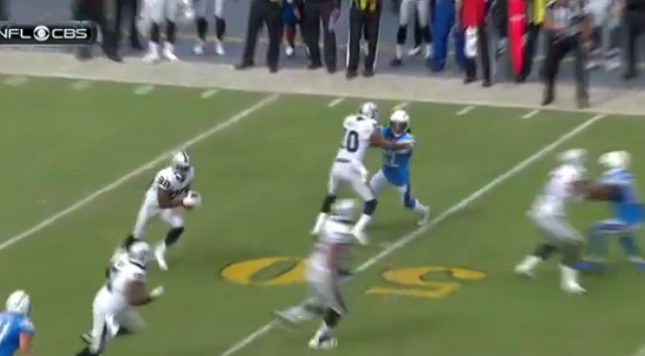 Watch Amari Cooper Takes A Screen Pass 52 Yards For Td
