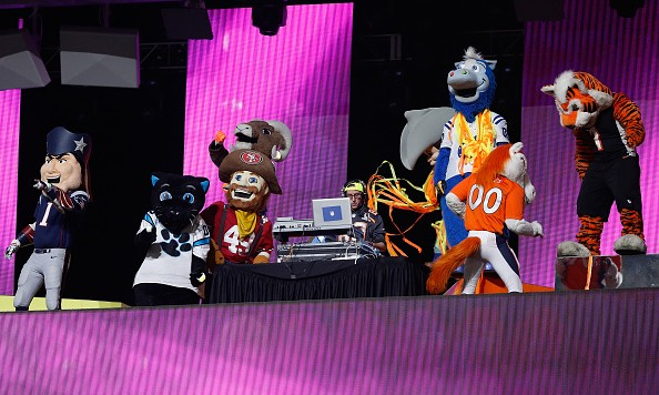 GLENDALE, AZ - JANUARY 25: NFL Mascots perform during the second half of the 2015 Pro Bowl at University of Phoenix Stadium on January 25, 2015 in Glendale, Arizona.  (Photo by Christian Petersen/Getty Images)