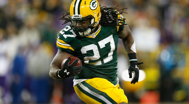 GREEN BAY, WI - JANUARY 03:  Eddie Lacy #27 of the Green Bay Packers carries the ball during the second half against the Minnesota Vikings at Lambeau Field on January 3, 2016 in Green Bay, Wisconsin.  (Photo by Wesley Hitt/Getty Images)