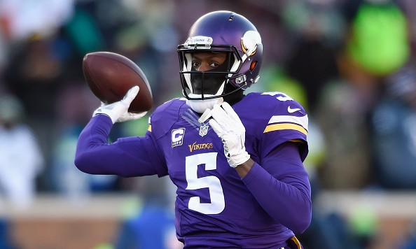 MINNEAPOLIS, MN - JANUARY 10:  Teddy Bridgewater #5 of the Minnesota Vikings warms up prior to the NFC Wild Card Playoff game between the Minnesota Vikings and the Seattle Seahawks at TCFBank Stadium on January 10, 2016 in Minneapolis, Minnesota.  (Photo by Hannah Foslien/Getty Images)