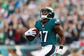 PHILADELPHIA, PA - DECEMBER 13:  Nelson Agholor #17 of the Philadelphia Eagles celebrates his touchdown against the Buffalo Bills during the second quarter at Lincoln Financial Field on December 13, 2015 in Philadelphia, Pennsylvania.  (Photo by Elsa/Getty Images)