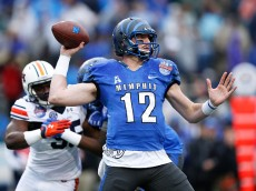 BIRMINGHAM, AL - DECEMBER 30: Paxton Lynch #12 of the Memphis Tigers passes against the Auburn Tigers in the first half of the Birmingham Bowl at Legion Field on December 30, 2015 in Birmingham, Alabama. (Photo by Joe Robbins/Getty Images)