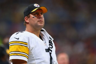 ST. LOUIS, MO - SEPTEMBER 27: Ben Roethlisberger #7 of the Pittsburgh Steelers looks on from the sidelines during a game against the St. Louis Rams at the Edward Jones Dome on September 27, 2015 in St. Louis, Missouri.  (Photo by Dilip Vishwanat/Getty Images)