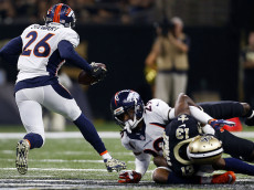 NEW ORLEANS, LA - NOVEMBER 13: Darian Stewart #26 of the Denver Broncos returns an interception during the first half of a game against the New Orleans Saints at the Mercedes-Benz Superdome on November 13, 2016 in New Orleans, Louisiana.  (Photo by Jonathan Bachman/Getty Images)