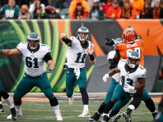 CINCINNATI, OH - DECEMBER 4:  Carson Wentz #11 of the Philadelphia Eagles throws a pass during the first quarter of the game against the Cincinnati Bengals at Paul Brown Stadium on December 4, 2016 in Cincinnati, Ohio. (Photo by Gregory Shamus/Getty Images)