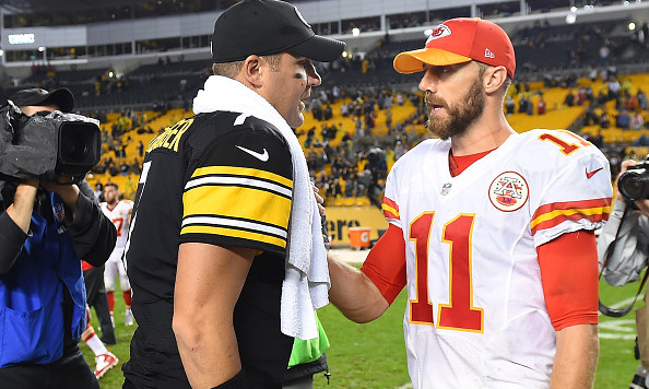 PITTSBURGH PA- OCTOBER 02 Ben Roethlisberger #7 of the Pittsburgh Steelers talks with Alex Smith #11 of the Kansas City Chiefs at the conclusion of the Steelers 43-14 win at Heinz Field