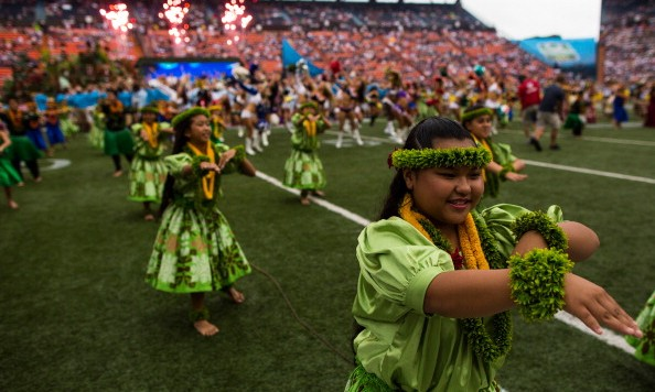 HONOLULU, HI - JANUARY 27: Hula dancers perform during the 2013 AFC-NFC Pro Bowl pre-game show on January 27 , 2013 at Aloha Stadium in Honolulu, Hawaii. (Photo by Kent Nishimura/Getty Images)