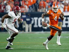 GLENDALE, AZ - JANUARY 11:  Deshaun Watson #4 of the Clemson Tigers runs the ball against the Alabama Crimson Tide during the 2016 College Football Playoff National Championship Game at University of Phoenix Stadium on January 11, 2016 in Glendale, Arizona.  (Photo by Sean M. Haffey/Getty Images)