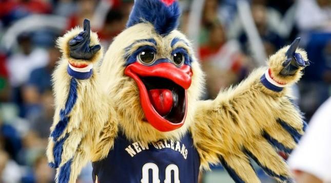 new-orleans-pelicans-mascot