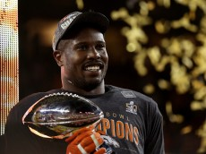 SANTA CLARA, CA - FEBRUARY 07:  Super Bowl MVP   Von Miller #58 of the Denver Broncos celebrates with the Vince Lombardi Trophy after winning Super Bowl 50 at Levi's Stadium on February 7, 2016 in Santa Clara, California.  The Broncos defeated the Panthers 24-10.  (Photo by Patrick Smith/Getty Images)