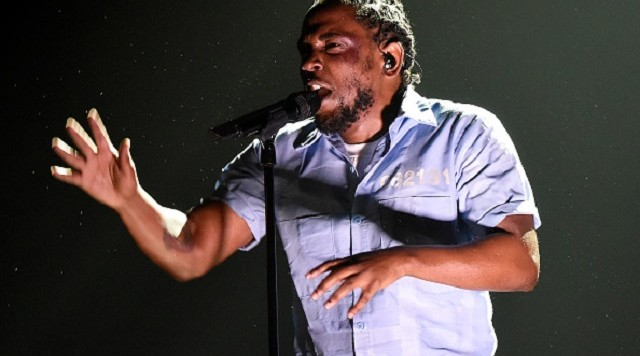 LOS ANGELES, CA - FEBRUARY 15: Kendrick Lamar performs onstage during The 58th GRAMMY Awards at Staples Center on February 15, 2016 in Los Angeles, California. (Photo by Kevin Mazur/WireImage)