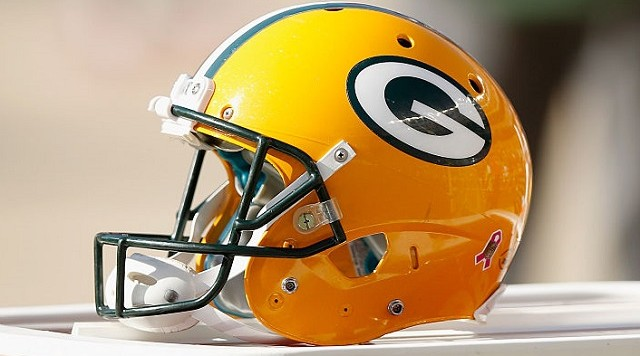 SANTA CLARA, CA - OCTOBER 04: A Green Bay Packers helmet sits on the sideline during their game against the San Francisco 49ers at Levi's Stadium on October 4, 2015 in Santa Clara, California. (Photo by Ezra Shaw/Getty Images)