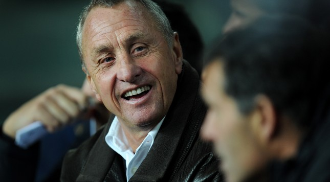 BARCELONA, SPAIN - DECEMBER 22:  Head coach Johan Cruyff of Catalunya smiles during the international friendly match between Catalunya and Argentina at the Camp Nou stadium on December 22, 2009 in Barcelona, Spain.  (Photo by Jasper Juinen/Getty Images)