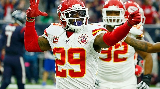 Pro Bowl safety Eric Berry signs $10.8 million franchise tender, joins Chiefs